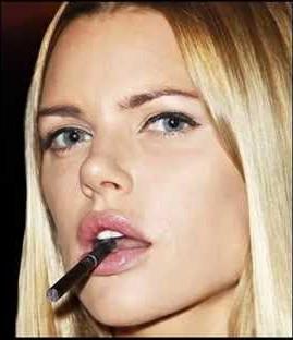 Report: E-cigarettes less addictive than cigarettes
